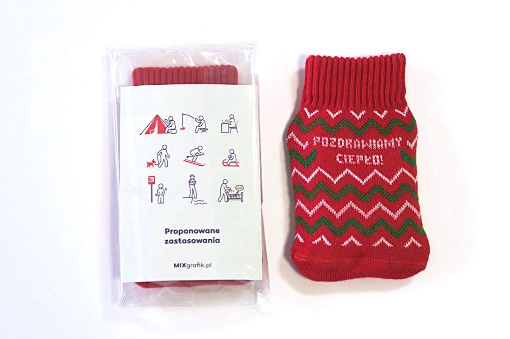 ogrzewacz do rąk w sweterku z instrukcją użytkowania i własnym logo